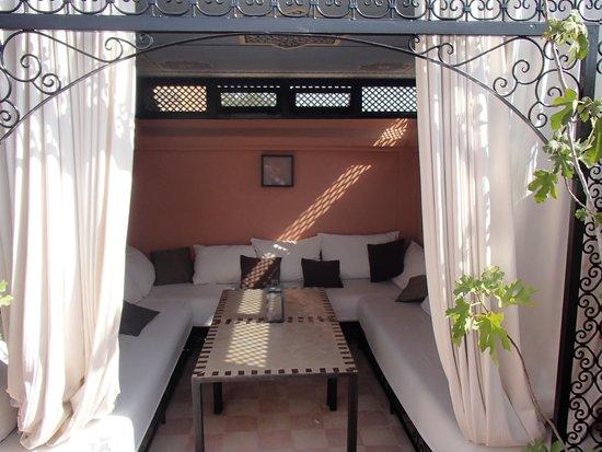 Ryad El Borj: Roof deck