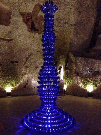 Champagnes Pommery : Œuvre d'art dans la cave