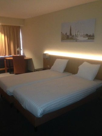 Arass Hotel & Business Flats: Bed