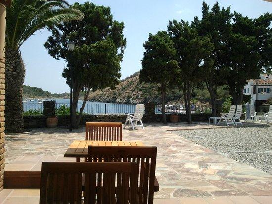 Hotel Calina: Vistas desde la terraza de la piscina