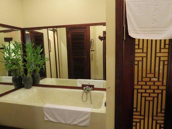 AMANJAYA Pancam Suites Hotel: Bathroom