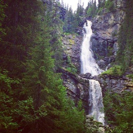 Klovsjo, Szwecja: 60 meter vattenfall.