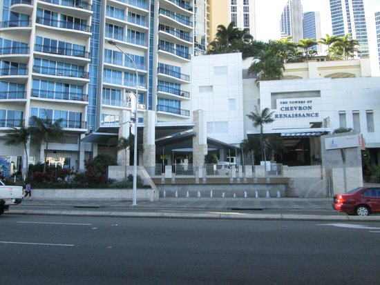 Mantra Towers of Chevron: Entrance