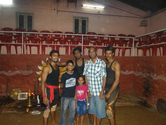 Mudra Cultural Centre: WIth Real fighters After the martial arts show