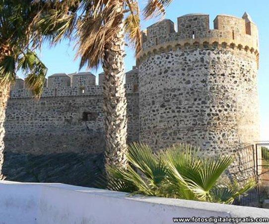 Cueva de Siete Palacios - Archaeological Museum: Torre del Castillo San Miguel, Almuñécar