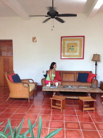 Hotel Posada San Juan: Outdoor sitting area