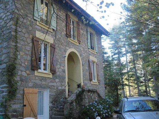 Da fuori foto di casa alta vizzavona tripadvisor for Disegni di casa alta