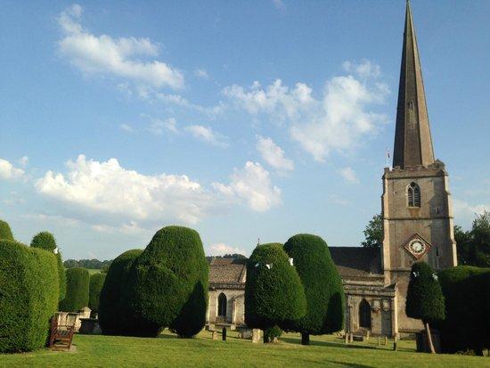 Court House Manor: Local church garden