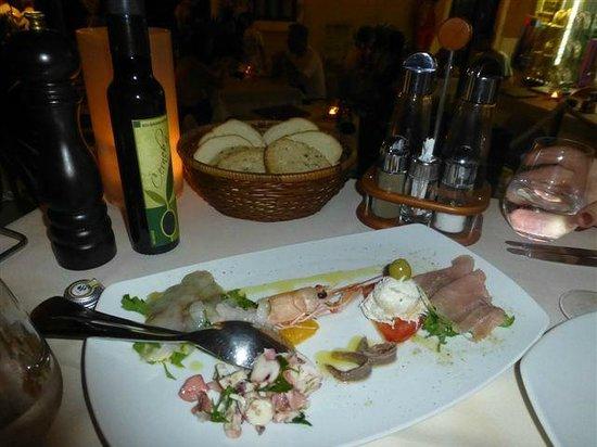 Santa Croce: Meeresfischvorspeisenteller