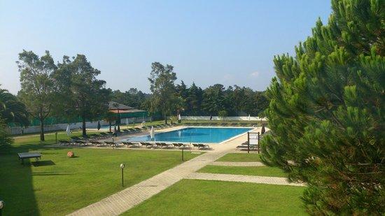 Hotel Vila Park: A vista do quarto para a piscina