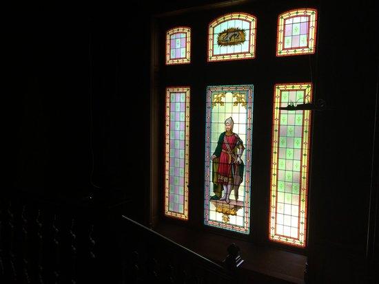 Chateau La Thuiliere : Le vitrail
