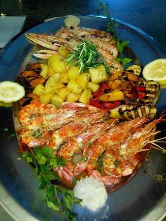 Il Ritrovo: Esse prato e pra comer de joelhos, deliciiiiiaaaaaaa