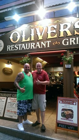 Olivers Restaurant: me and chris the main man