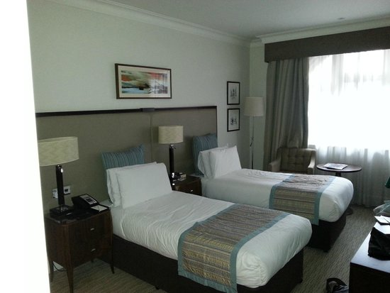 St. James' Court, A Taj Hotel: Upgraded to executive room