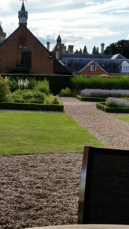 Mercure Warwickshire Walton Hall Hotel & Spa: View from The Orangry