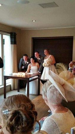 Loch Fyne Hotel & Spa: Bistro made into ceremony room