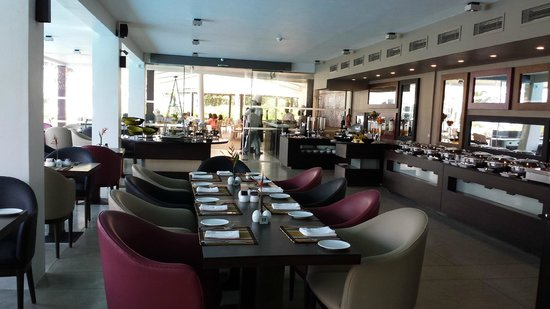 AVANI Bentota Resort & Spa: restaurant
