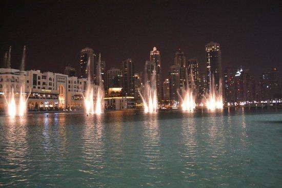 La Fuente de Dubai: Dubai Fountains..