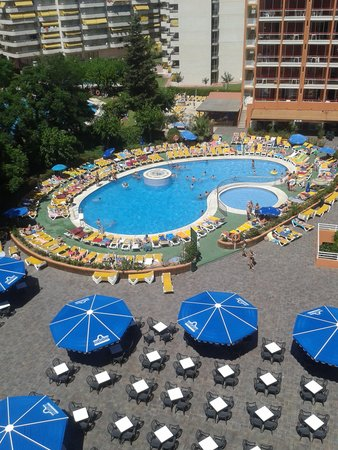 Ohtels Belvedere: uitzicht op zwembad super!