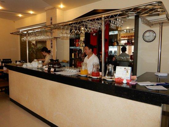 Than Thien Hotel - Friendly Hotel: Breakfastroom