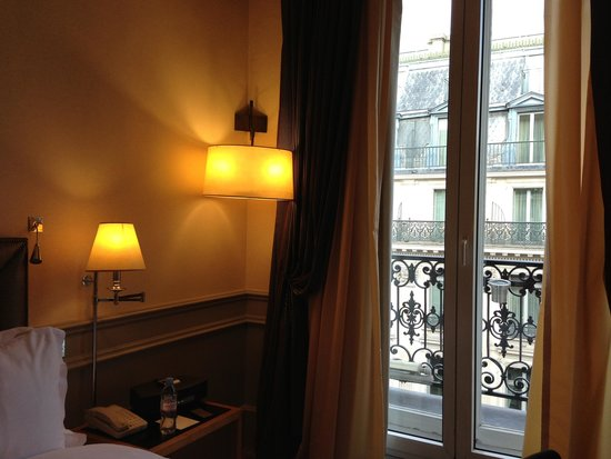 Hotel Scribe Paris Opera by Sofitel: 部屋の中