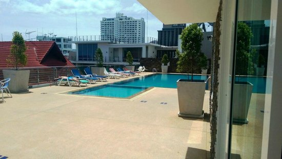 Pattaya Blue Sky: pool