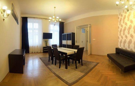 EnjoyKrakow Apartments : Grand Apartment