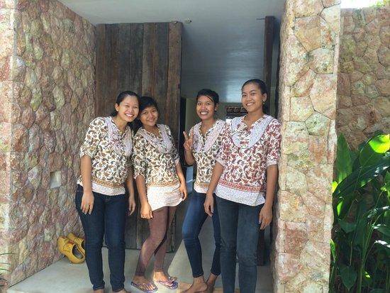 Villa Bukit Segara: staff