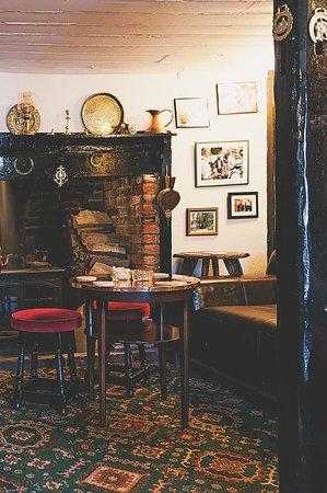 The Crown Inn: Inglenook fireplace