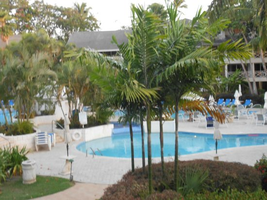 The Club, Barbados Resort and Spa: Another view from my balcony, looking to the left
