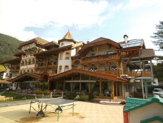 Hotel Rene: Vista esterna