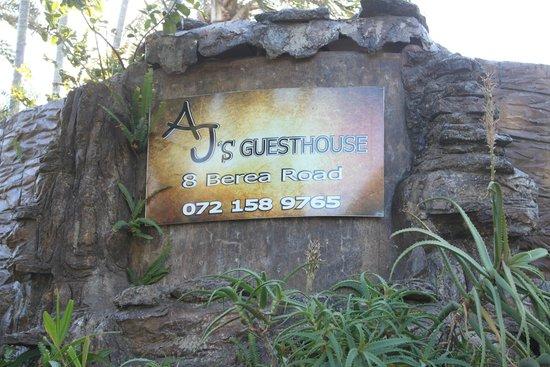 AJ's Guesthouse: Entrance