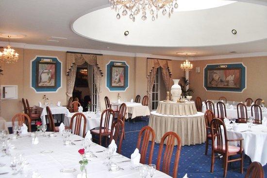 Manor Parc Restaurant: The Orangerie