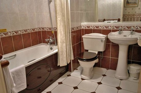 Castle Hotel: En-Suite Bathroom