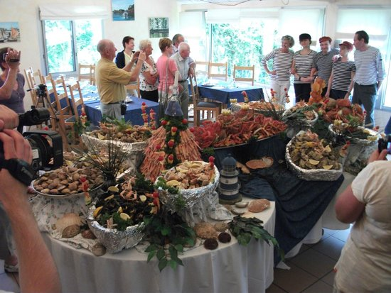 Paimpol Eurotel Le Grand Bleu : Buffet fruits de mer
