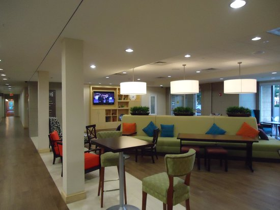 Home2 Suites by Hilton Charlotte I-77 South: Reception area
