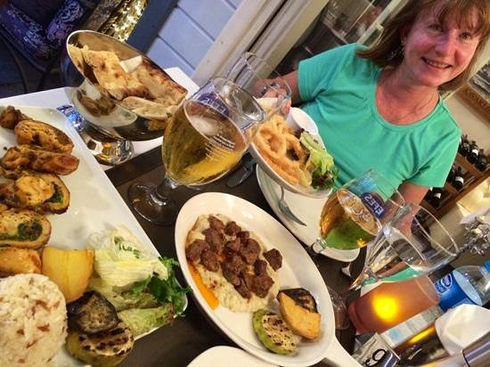 Tria Elegance Restaurant : It all came at once, Turkish style