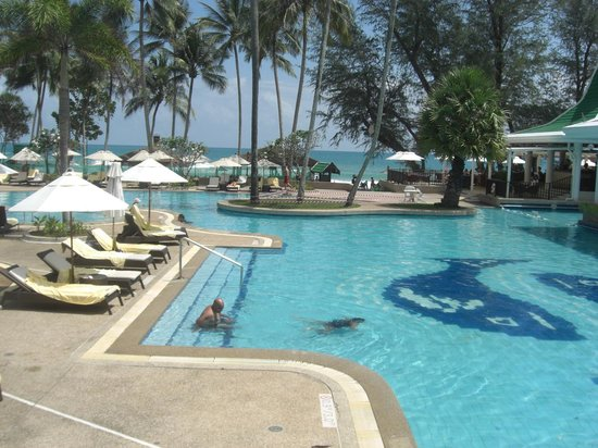 Le Meridien Phuket Beach Resort : pool