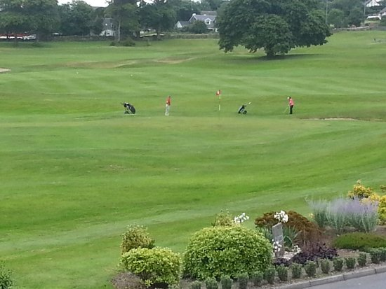 Glenlo Abbey Hotel: Golfers at the Abbey