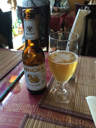Poonchai Thai Restaurant: Cold Thai beer