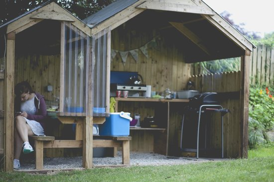 Killarney Glamping at Grove: Kitchen / Dining are