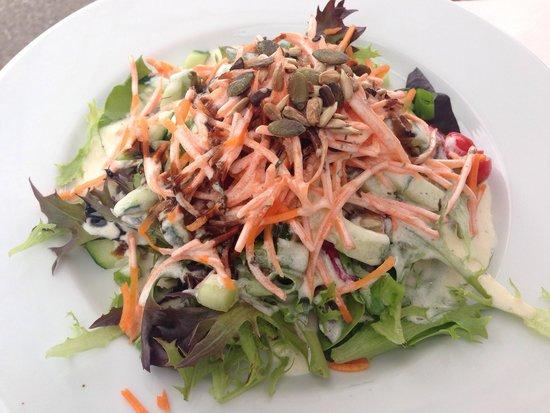 Riebels: und dazu ein knackfrischer Reichenau-Salat