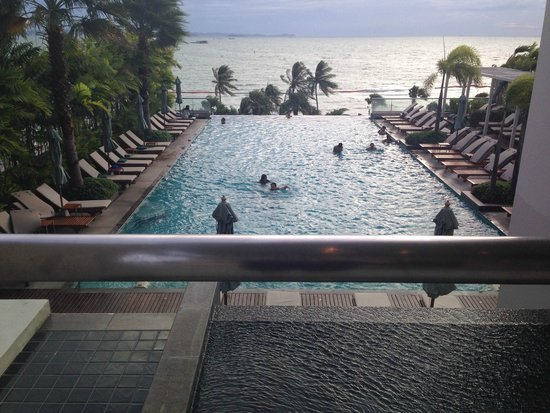 Holiday Inn Pattaya : pool