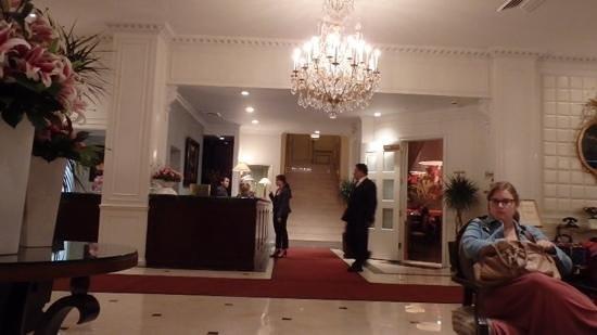 Warwick New York: Lobby