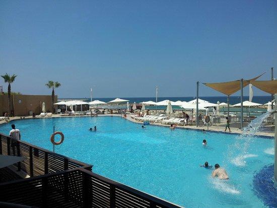 Daniel Herzliya Hotel : הנוף מהחדר ביום