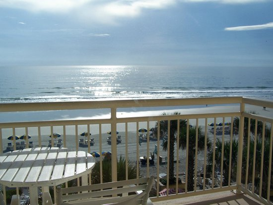The Shores Resort & Spa : Awesome view from our balcony!