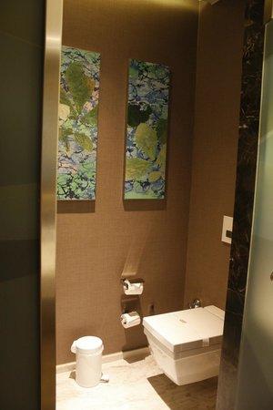 Regnum Carya Golf & Spa Resort: toilet