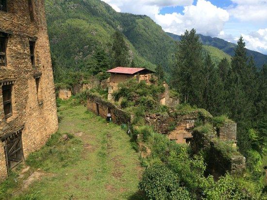 Drukgyel Dzong: Ruins