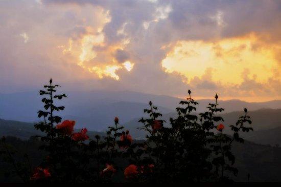 Agriturismo Salella: vista sul tramonto