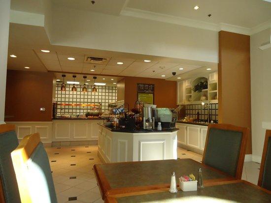 Hilton Garden Inn Birmingham SE/Liberty Park: Breakfast fare
